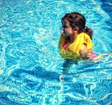 Free Photo - Little Girl Learning To Swim