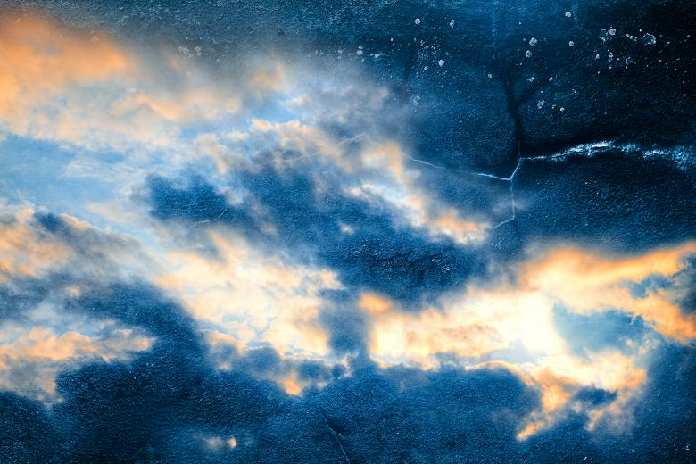 Celestial Grunge Clouds - Free Grunge Backgrounds