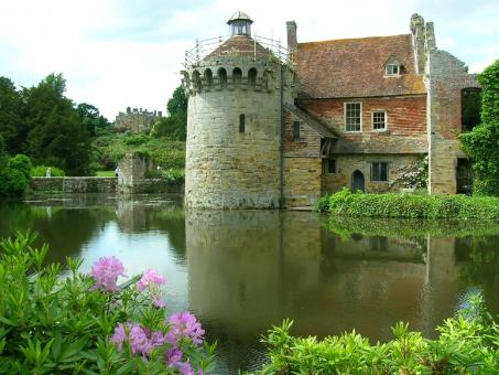 Scotney Castle - Free Stock Photo