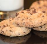 Free Photo - Chocolate Chip Cookies