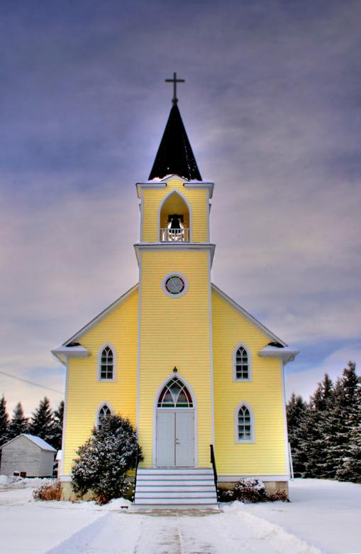Free Stock Photo of Yellow Church Created by Pixabay