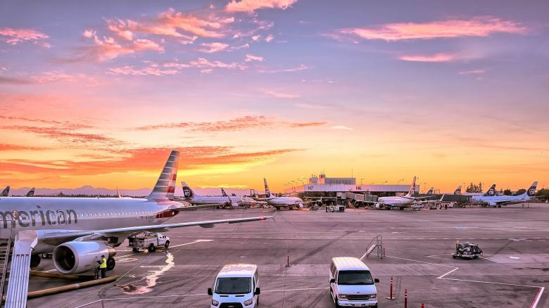 Airport View - Free Urban Stock Photos