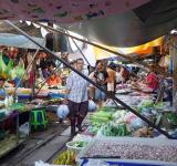 Free Photo - Maeklong Railway Market
