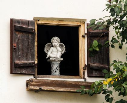 Angel in the Window - Free Stock Photo