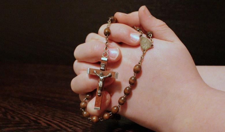 Free Stock Photo of Holding String of Beads, Praying to God Created by Pixabay