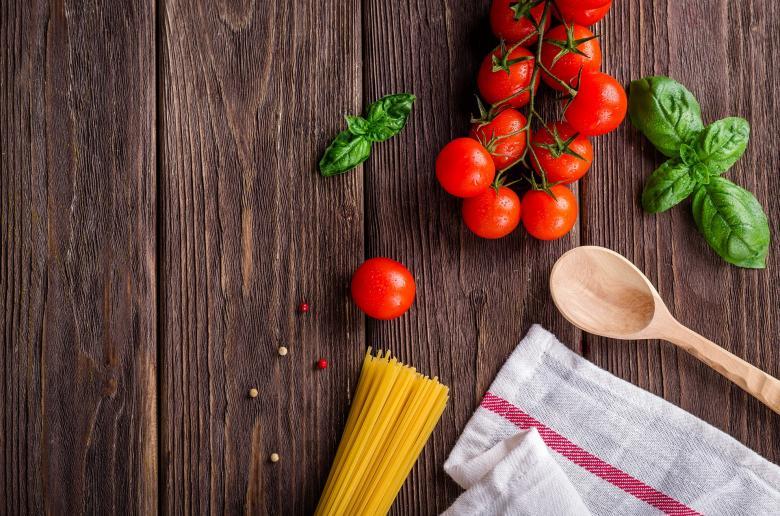 Making Spaghetti | Free Food Stock Photos