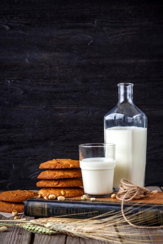 Free Stock Photo of Milk and Cookies Created by Pixabay