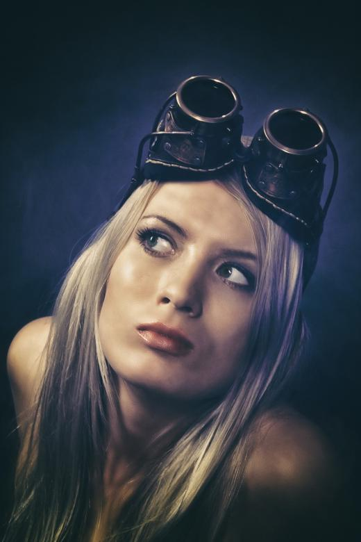 Free Stock Photo of Aviator Woman Created by Pixabay