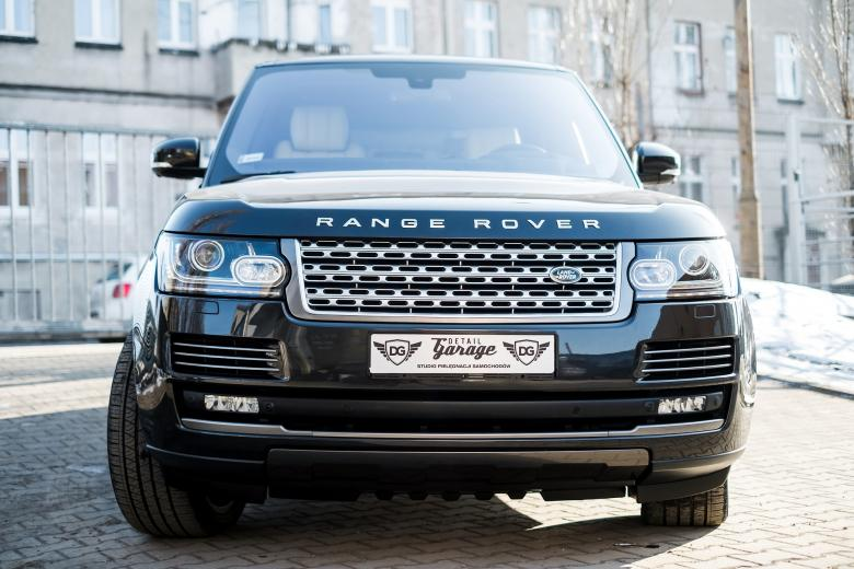 Free stock image of Black Sporty Range Rover created by Pixabay