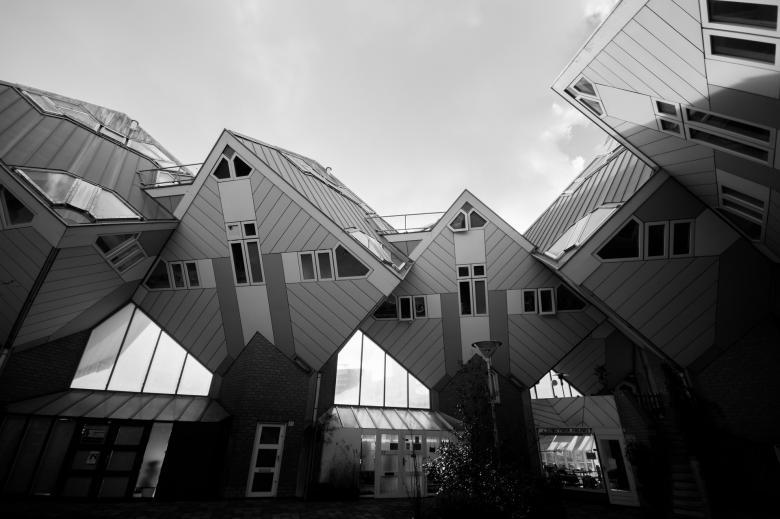 Modern Houses - Free Urban Stock Photos