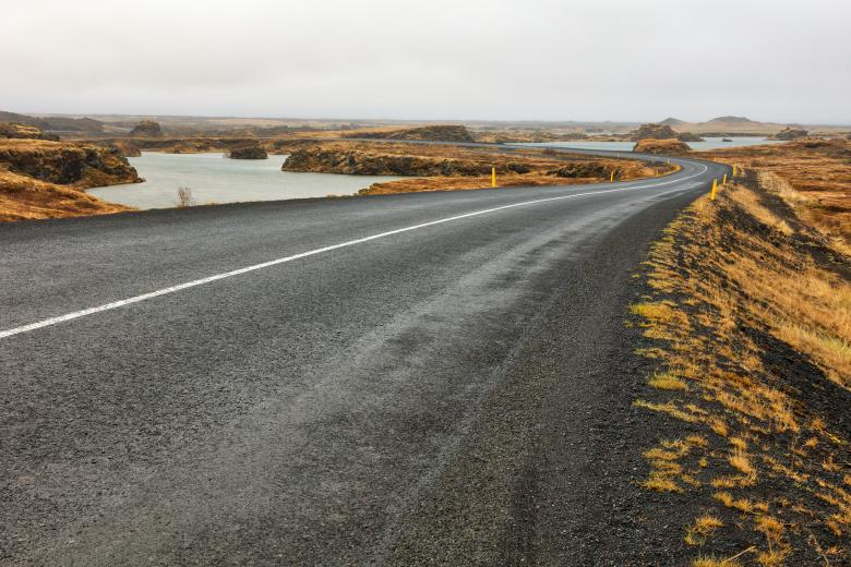 Free Stock Photo of Winding Iceland Road - Hofdi