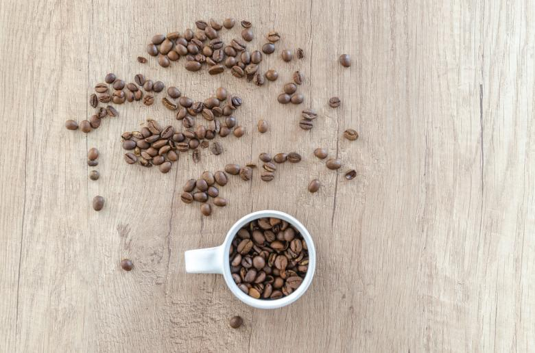 Free Stock Photo of Cup and Coffee Beans Created by Lukas
