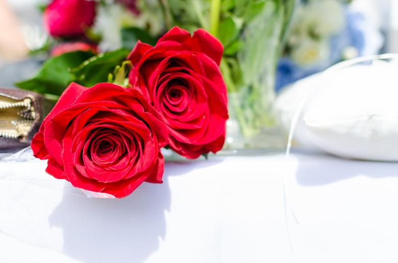Free Stock Photo of Red Roses at Wedding Reception Created by Lukas
