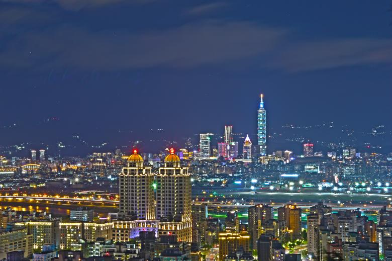 Free Stock Photo of Taipei 101 & Songshan Airport Created by Yuzeechen