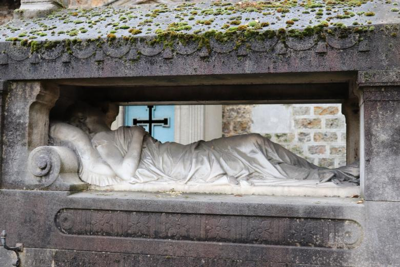 Free Stock Photo of Sculpture of a woman lying on her grave Created by GAIMARD Jacques