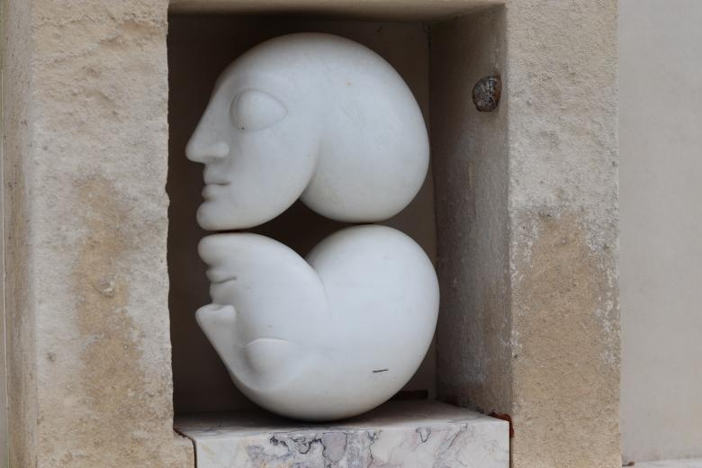 Free Stock Photo of White stones sculptures on a grave Created by GAIMARD Jacques
