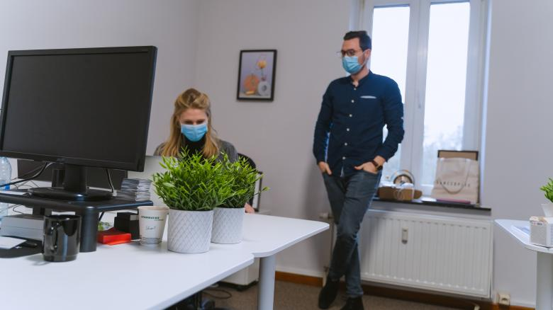 Free Stock Photo of Coworkers Talking - Covid 19 - Office Created by Maxime